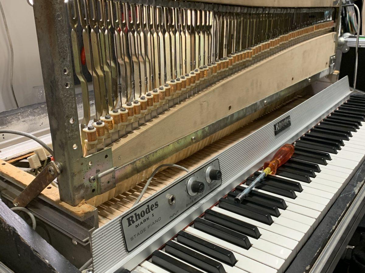 réparation de piano électrique